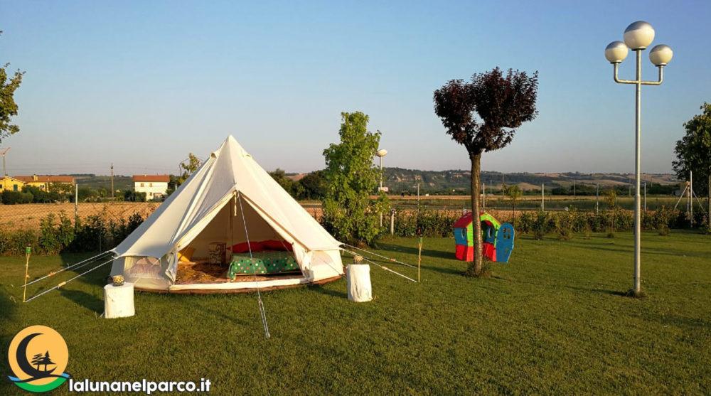 la_luna_nel_parco_camping